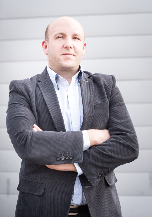 Tomasz Janik – z X-KOM do AB