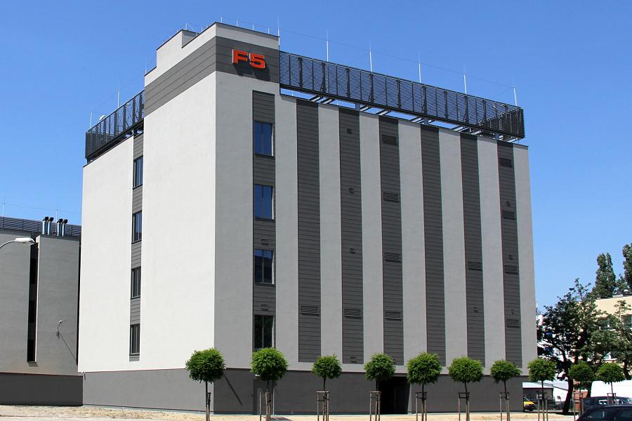 MCI dwukrotnie zwiększył udziały w ATM