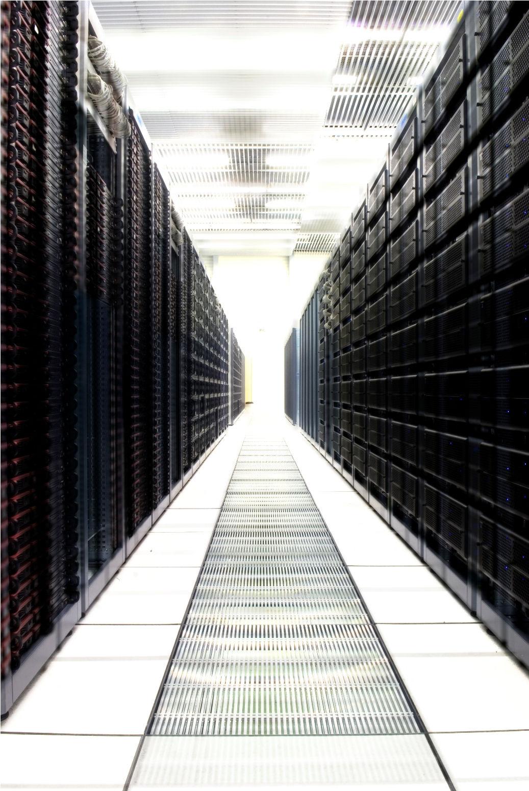 Action: rekordowa dostawa serwerów dla CERN