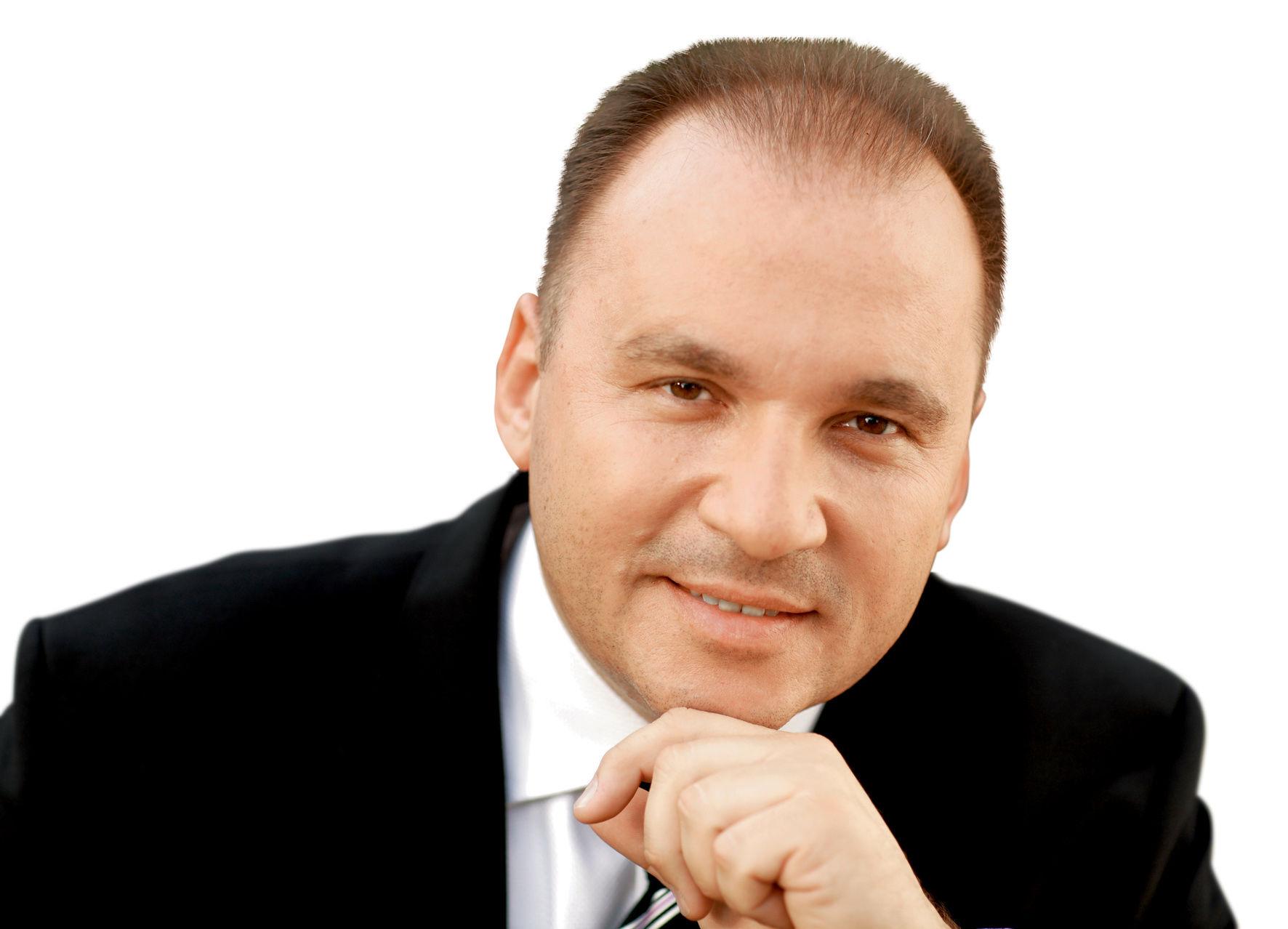 Andrzej Kuźniak w APN Serwis
