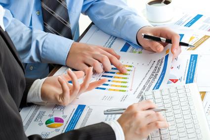 CEL: znaleźć informacje w zalewie danych