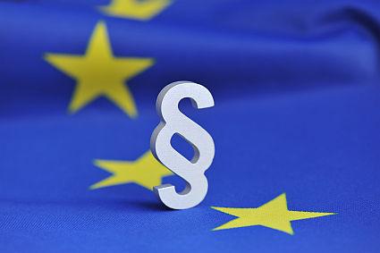 UE zabiera się za główny biznes Google'a