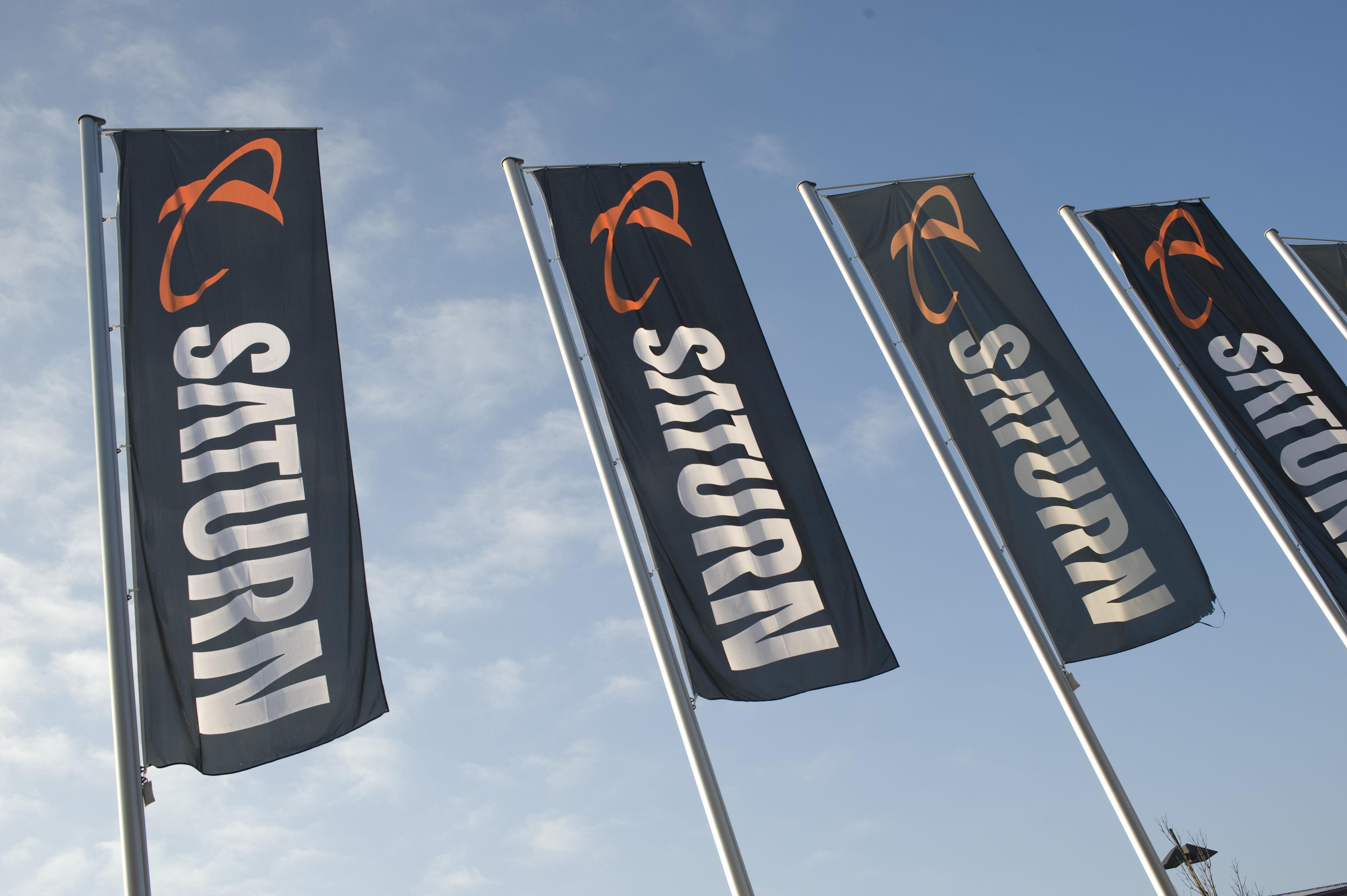 Flagowy Saturn w listopadzie