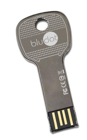 iSource: 32 GB w kluczu