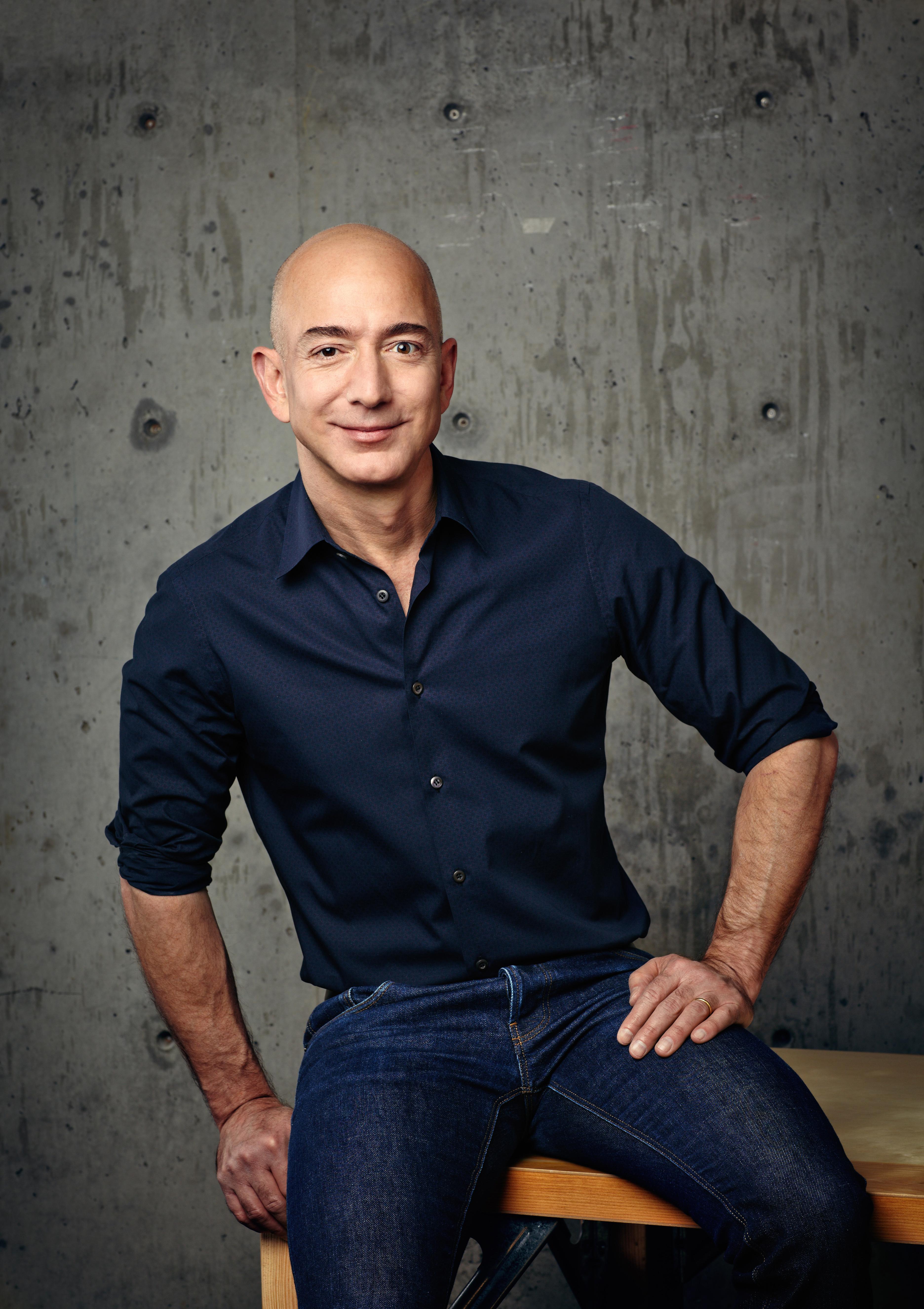 Amazon będzie miał trzech CEO