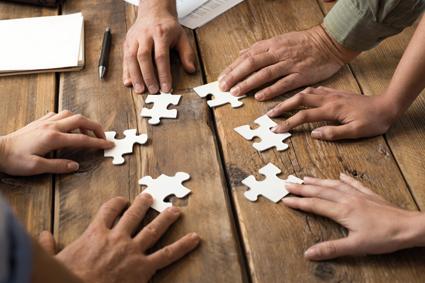 Co kręci resellerów: plusy i minusy programów partnerskich