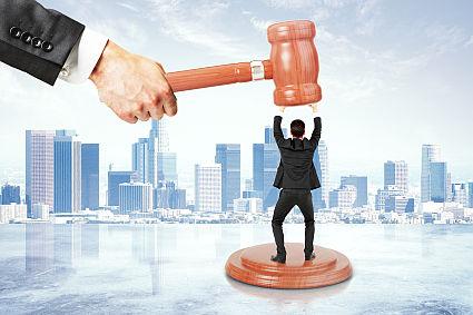 Branża elektroniczna za surowymi karami dla oszustów podatkowych