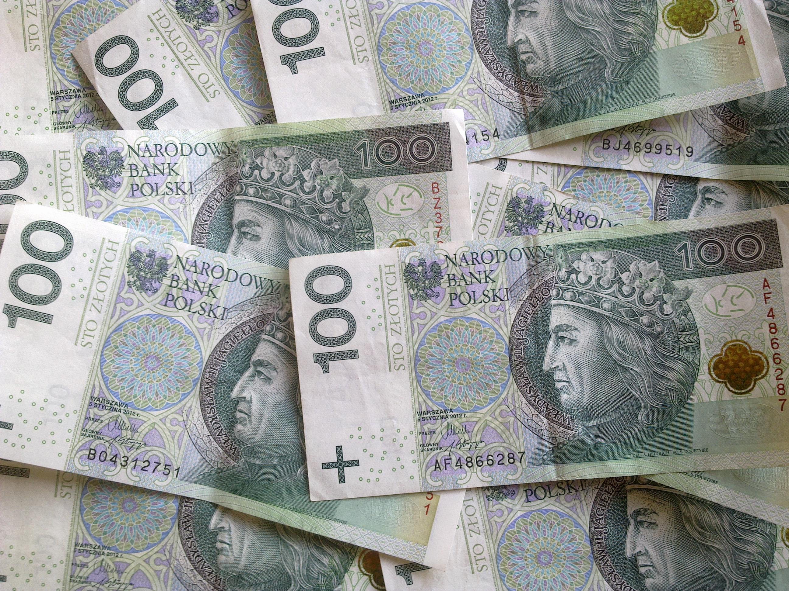 Projekt: małe firmy nie zapłacą ZUS, NFZ, PIT i VAT