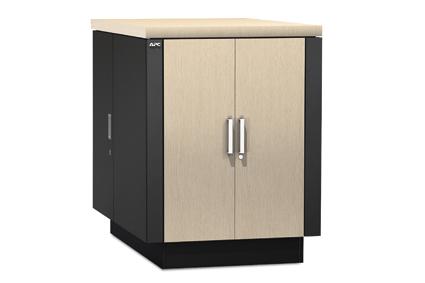 Ukryj serwer w stylowej szafie