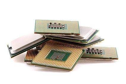 Wadliwy układ zegarowy także w urządzeniach HPE i Juniper Networks