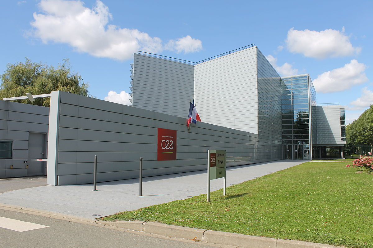 Francuski Komisariat ds. Energii Atomowej z pamięcią masową startupu