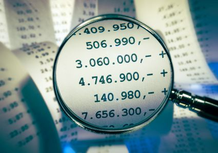 Kary za raport finansowy Tech Daty