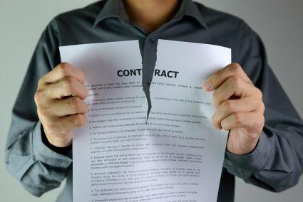 Przetargi: kontrakty sprzeczne z prawem