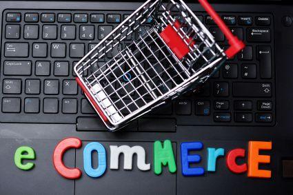 Zagraniczni klienci unikają polskich e-sklepów