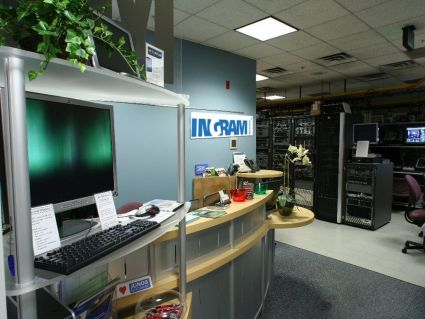 HNA negocjuje sprzedaż Ingram Micro