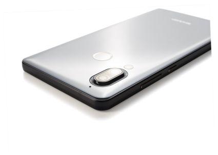 Nowy gracz na polskim rynku smartfonów