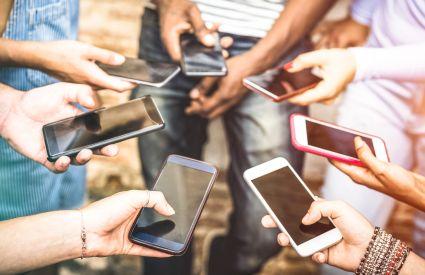 Smartfony: im drożej tym więcej