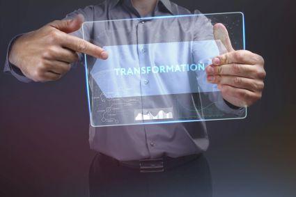 Cyfrowa transformacja znaczy Facebook