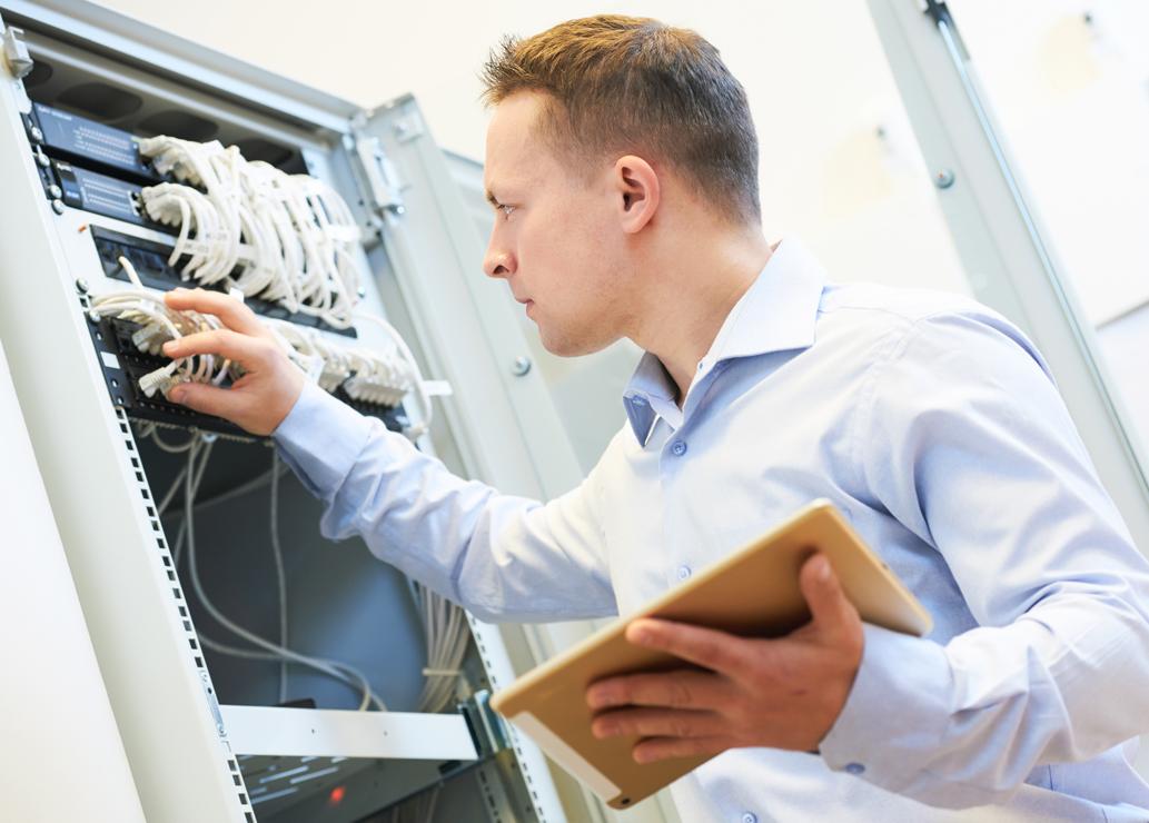 Zarządzanie do potęgi trzeciej. Jak monitorować urządzenia, sieć i zabezpieczenia?