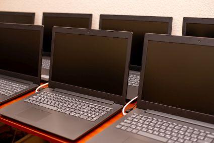 Kolejne 180 mln zł na laptopy dla szkół
